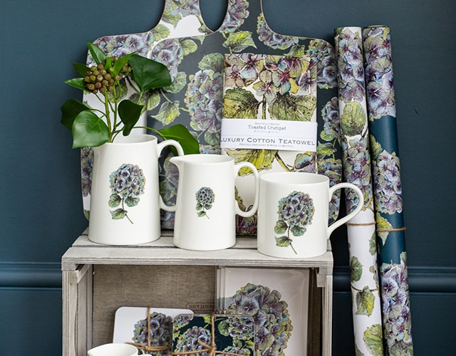 "<a href=""https://toastedcrumpet.co.uk/?s=hydrangea&search_id=1&post_type=product""><p> New In - Hydrangea Collection </p></a>"