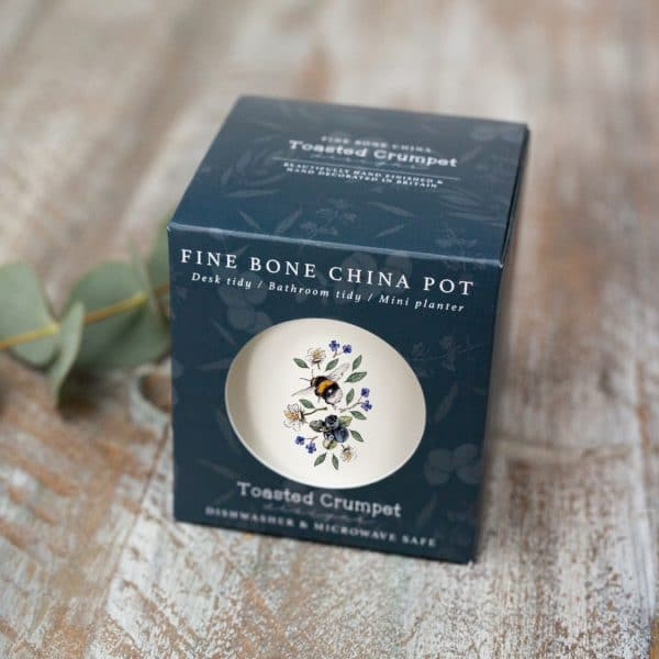 Fine Bone China Pot in Gift Box (available from end of January)